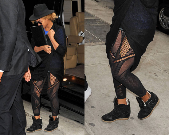 ed6ebb09c4fa0 Beyonce wearing Mcq By Alexander Mcqueen Cut out mesh detail leggings