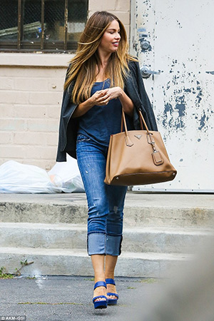 65b3ef5c76d837 Sofia Vergara steps out in Beverly Hills carrying a Prada Saffiano Cuir  Medium Double Bag and