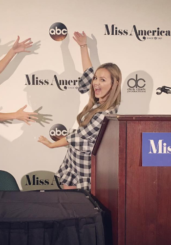 Nicole Lapin Miss America 2017 Press Conference: Veronica Beard Ruched Shirtdress