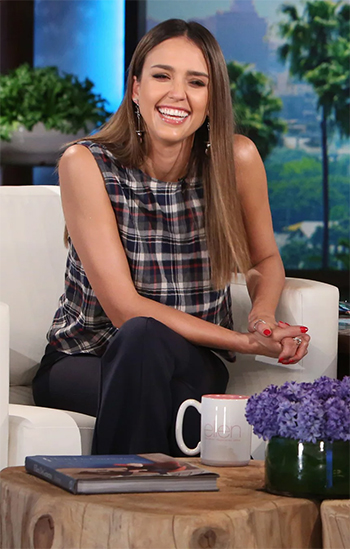 Jessica Alba wearing a Jenni Kayne Bias Banded Shell Top on the Ellen Show — November 2, 2016.