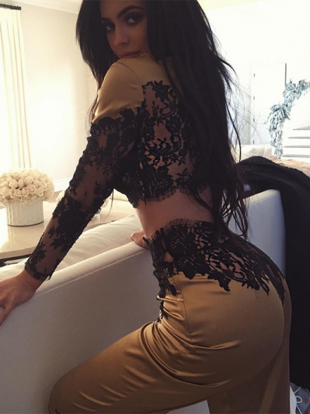 Kylie Jenner in Agent Provocateur Nayeli Gold And Black Lace Top and Trousers (Instagram, Dec 19, 2016)