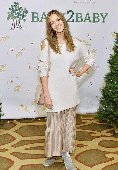 Jessica Alba in Zoe Jordan top and Lorane skirt at Baby2Baby Holiday Party on December, 18 2016