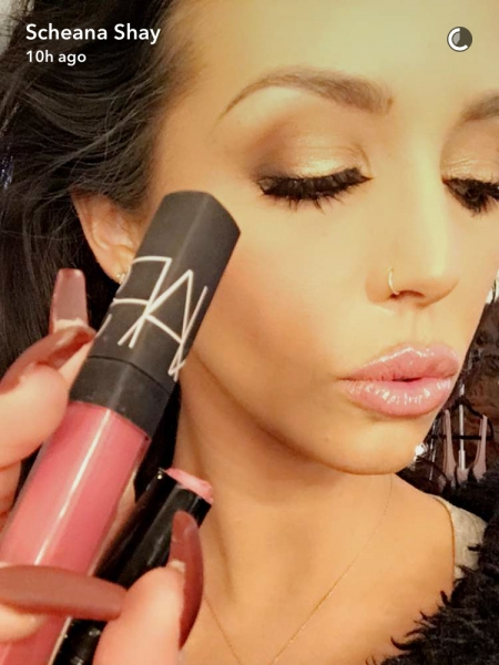 Scheana Marie, Nars Belize Shimmer Lip Gloss and Bobbi Brown Pink Nude Creamy Matte Lipstick (Snapchat January 2017)