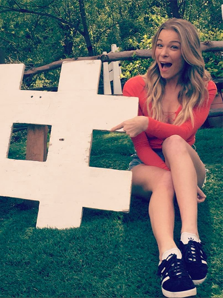 tráfico Genuino líder  LeAnn Rimes Instagram Apr 7, 2017 – CelebrityFashionista.com