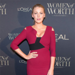 Blake Lively in Rouland Mouret Kiverton Colorblock Cold-shoulder Sheath Dress in Red and Black, and Christian Louboutin Kaleikita Studded Leather Lace-up Sandals at Women Of Worth Gala 2017.